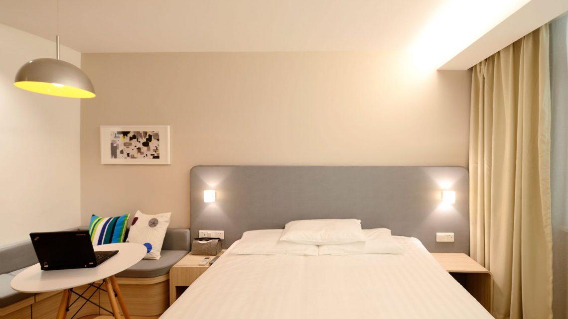 โรงแรมติดรถไฟฟ้าสำหรับนักท่องเที่ยว